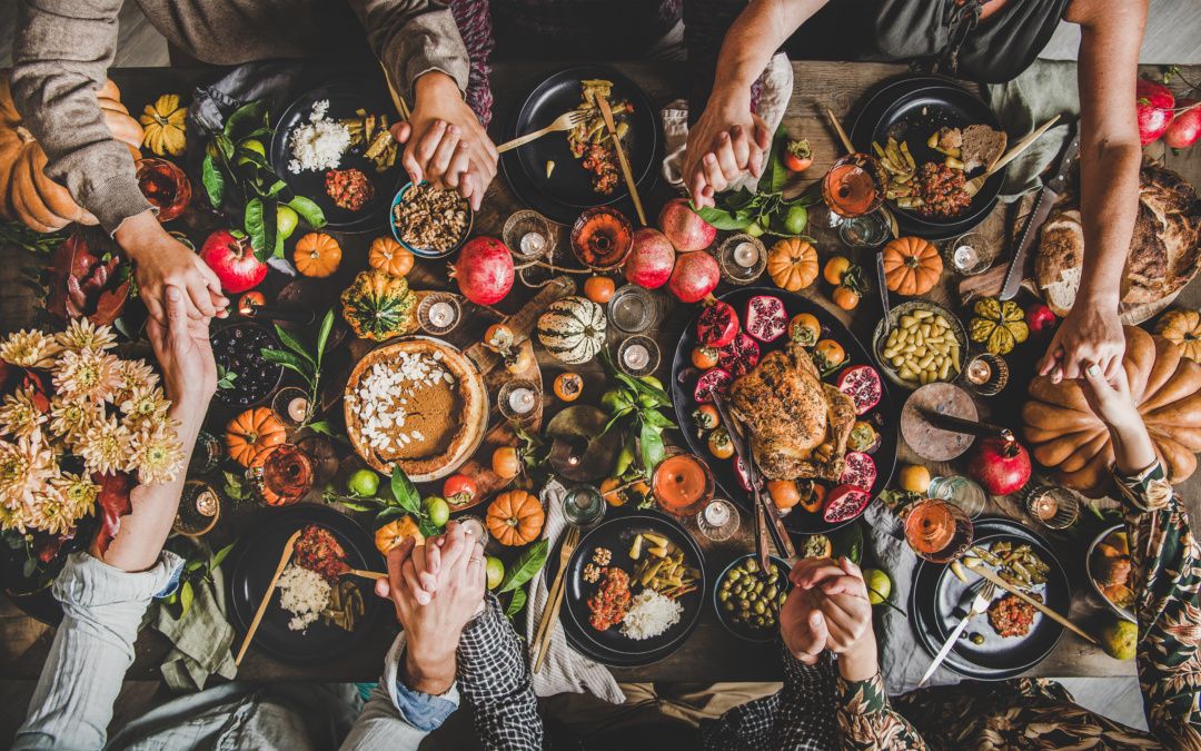 Create the Perfect Thanksgiving Tablescape